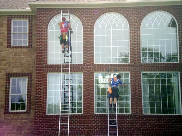 residential-window-cleaning-1